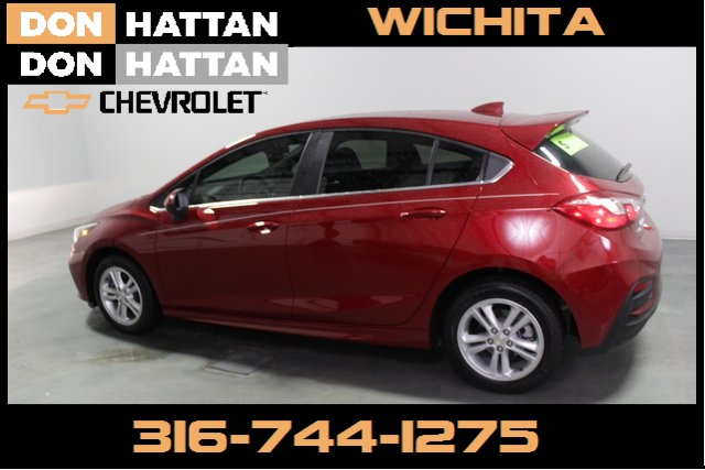 Pre-Owned 2018 Chevrolet Cruze LT FWD 4D Hatchback